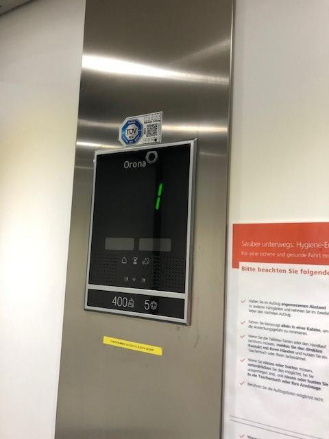 Neuer Aufzug