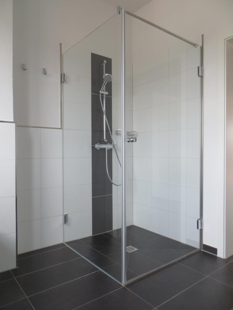exempl. bodengleiche Dusche